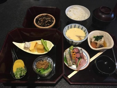 日本料理 まつ本