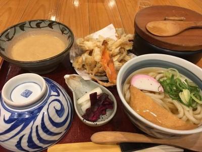 京うどんと麦とろの店 夢吟坊 港北東急 S.C店