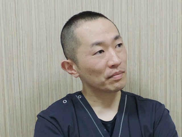 山井 裕生 院長