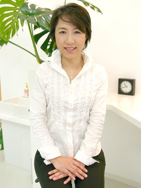 make up studio frau 高橋 繭衣 代表